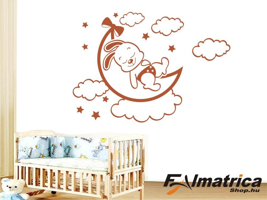 49. Alvó nyuszika felhőkkel falmatrica