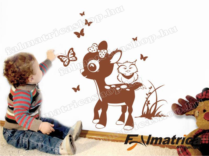 02. Őzikés <b>falmatrica</b> pillangókkal
