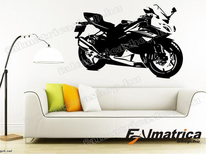 005. Suzuki motoros falmatrica