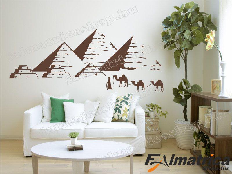 42. Piramisok falmatrica