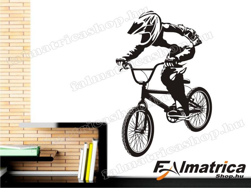 35. BMX - biciklis falmatrica
